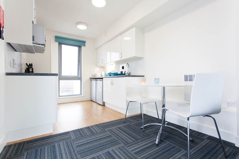 2 bedroom flat kitchen at Ropemaker Court Manchester