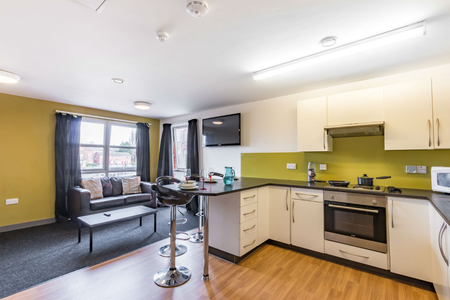 En suite shared kitchen at Russell View Nottingham