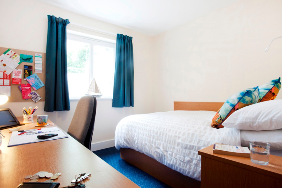 Standard En-suite room at The Sidings student accommodation in Penryn