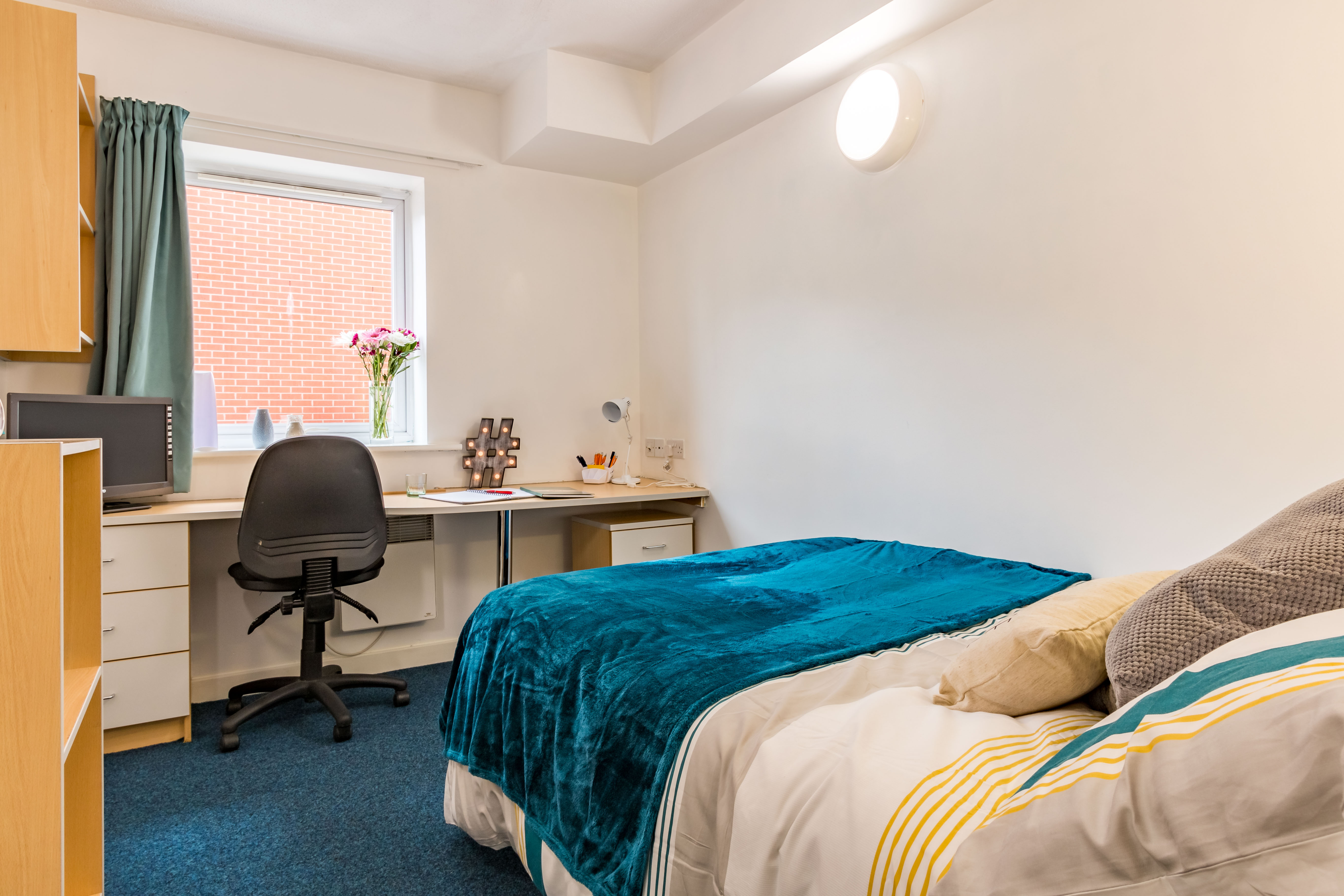 En-suite room at Leighton Hall student accommodation in Preston