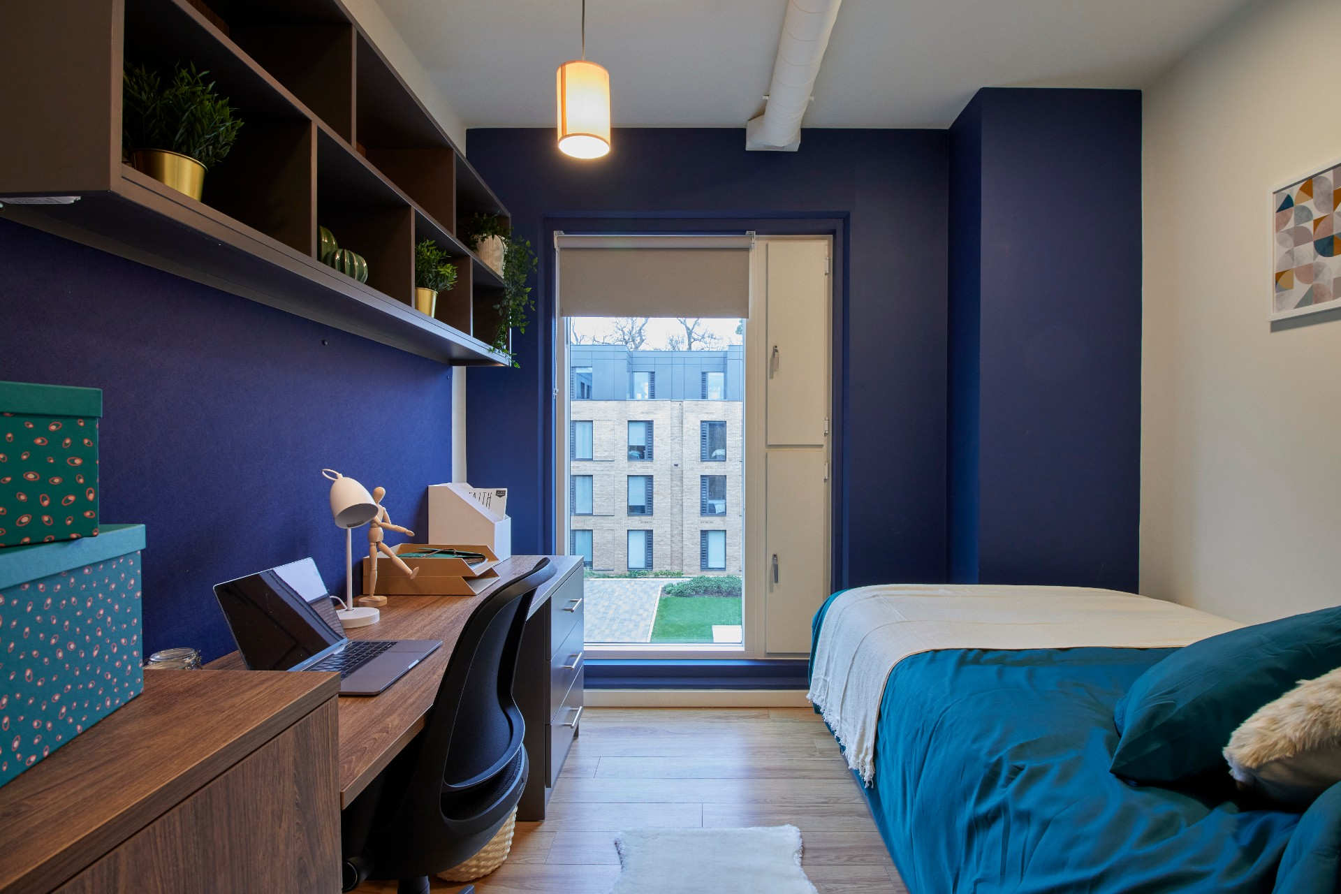 En-suite at Hox Park student accommodation in Egham