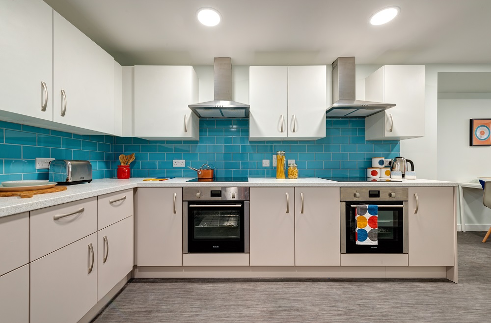 Falmouth student living - shared kitchen