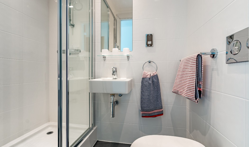 Bathroom in Rhodaus Court, student accommodation in Canterbury